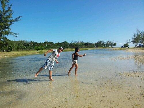 fake running on the beach